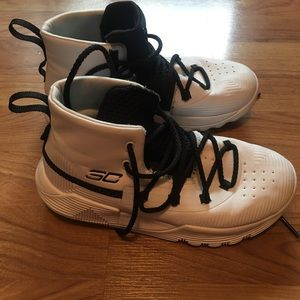 Curry Boys Basketball Shoes
